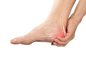 چه عواملی درد پا را ایجاد می کند؟