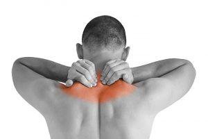 علت درد در بین دو کتف چیست؟