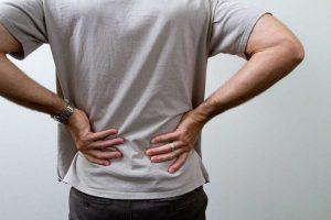 چگونه کمر درد حاد را برطرف کنیم