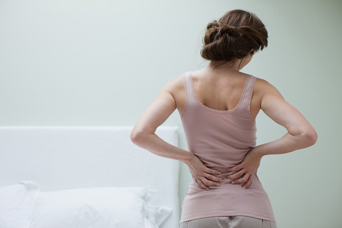 نحوه شناسایی و درمان درد در کمر و پای شما