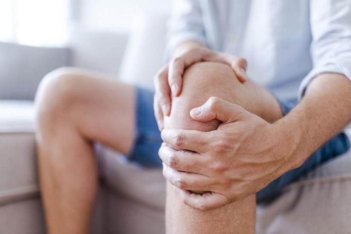 چگونه درد داخلی زانو را شناسایی و درمان کنیم؟