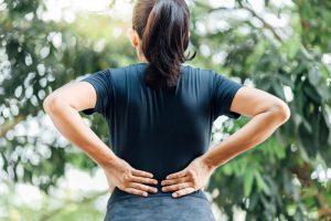 علت درد پایین کمر در زنان چیست؟