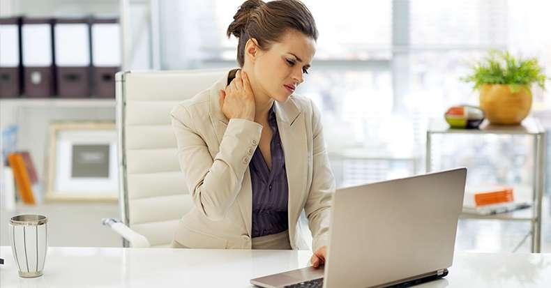 neck-pain-woman